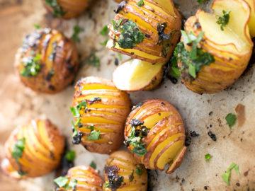 Vegan Lemon Garlic Herb Roasted Potatoes